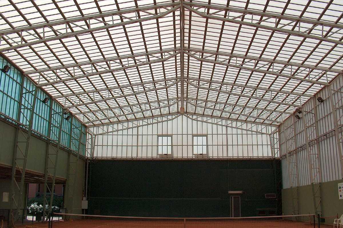 Akraplast bevilágító | sportcsarnok | Gödöllő